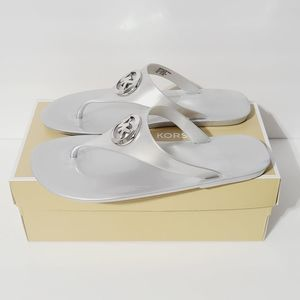 Michael Kors Lillie Jelly Thong Sandals Silver